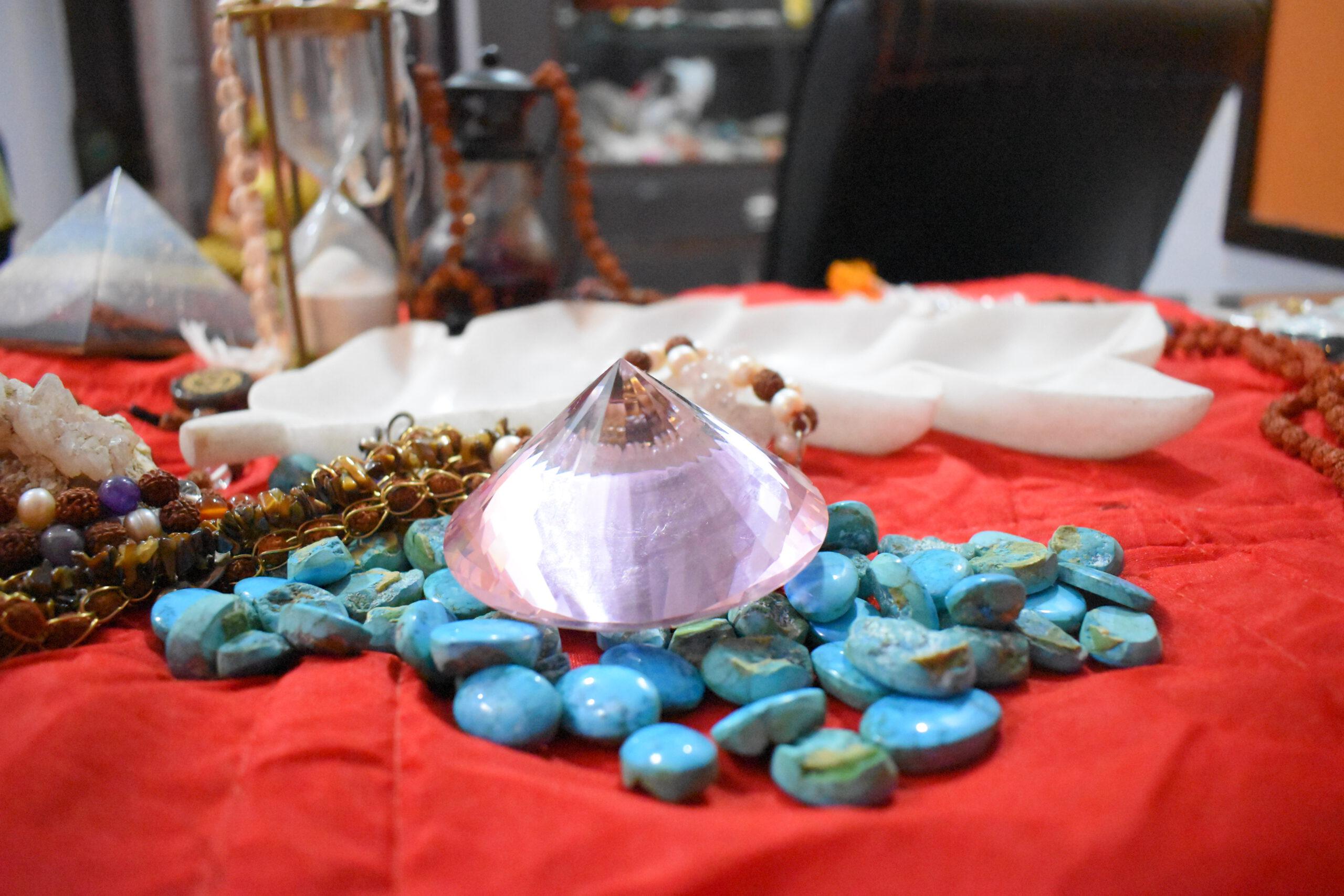 Benefits of Healing Crystals & Gemstones